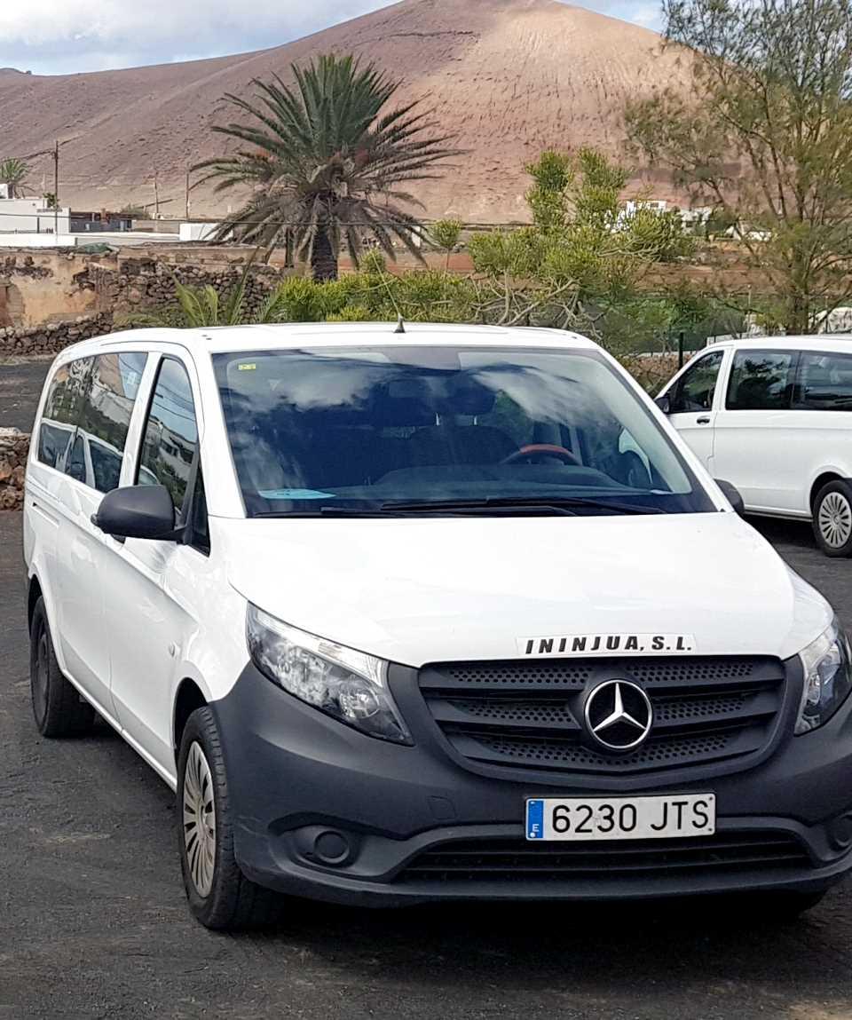 Minibus Tour The Real Lanzarote